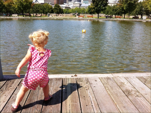 little girl, montreal, water